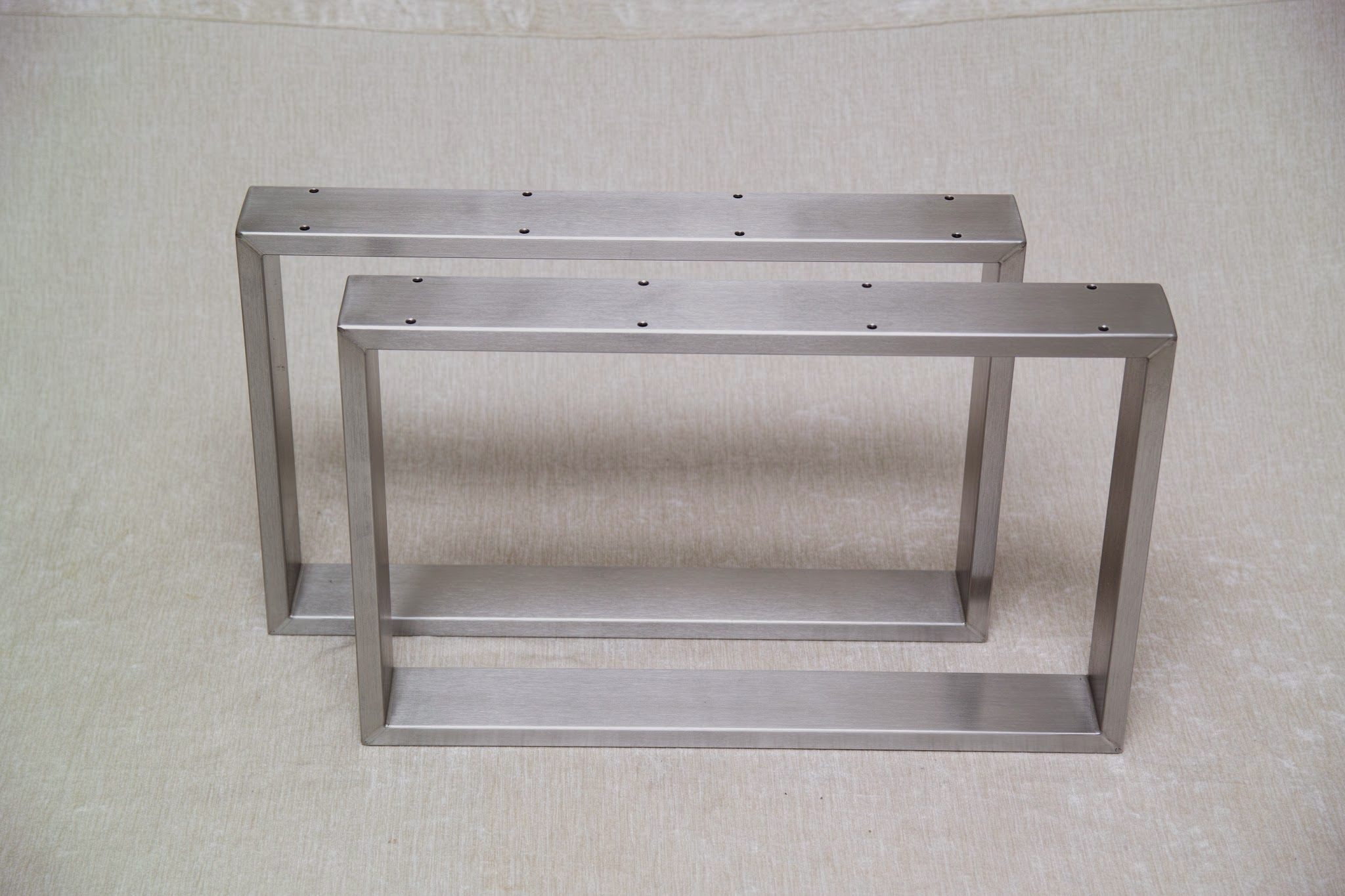 Stahl tischkufen edelstahl metallbau stelzer for Couchtisch kufen