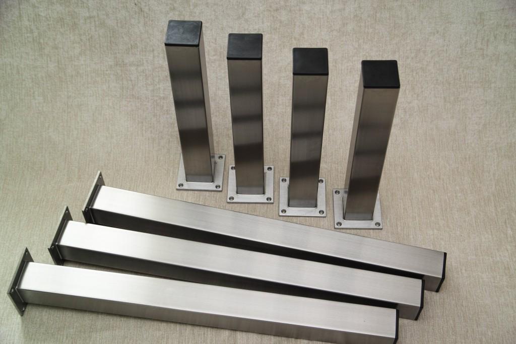 Tischsäule 50x50 Anschraubplatte mittig